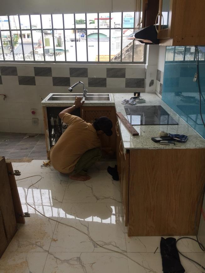 quy trình sửa chữa bàn bếp