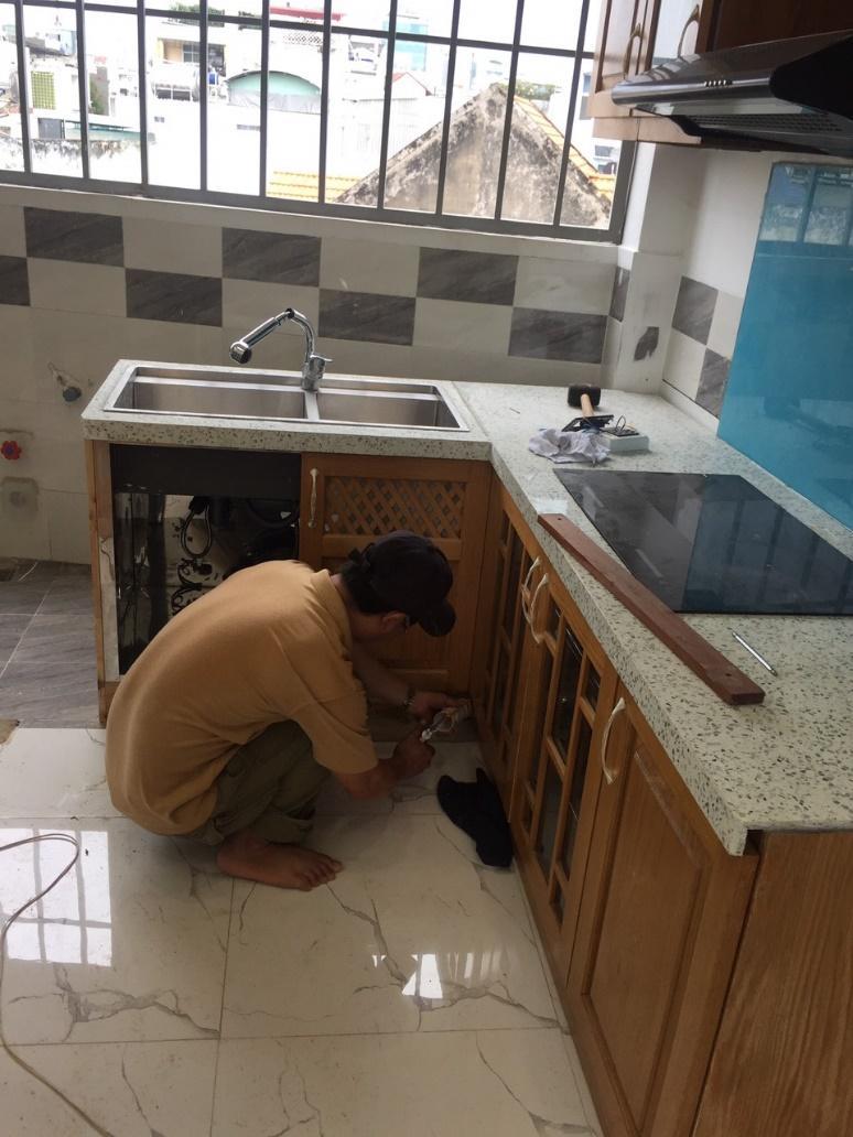 sửa chữa tủ bếp noithatgovn.com
