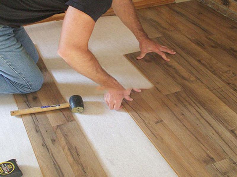 tháo lắp sửa chữa sàn gỗ | noithatgovn.com